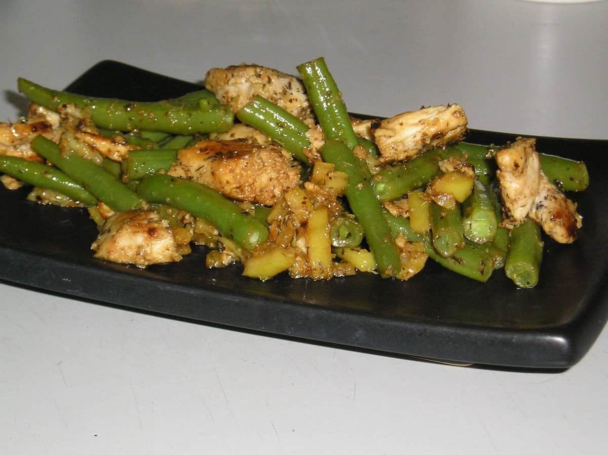Marinated Chicken, boiled lemon & green bean salad