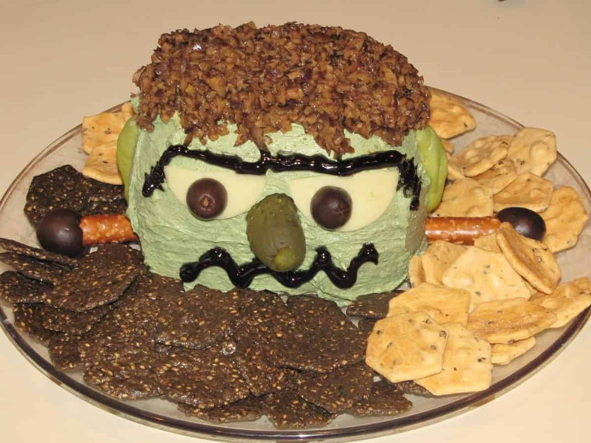 ULTIMATE Gluten-Free Halloween Round-Up w/ Video!