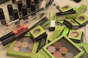 25 Days of Gluten-Free Giveaways™ #12-Red Apple Lipstick (gluten-free makeup!)
