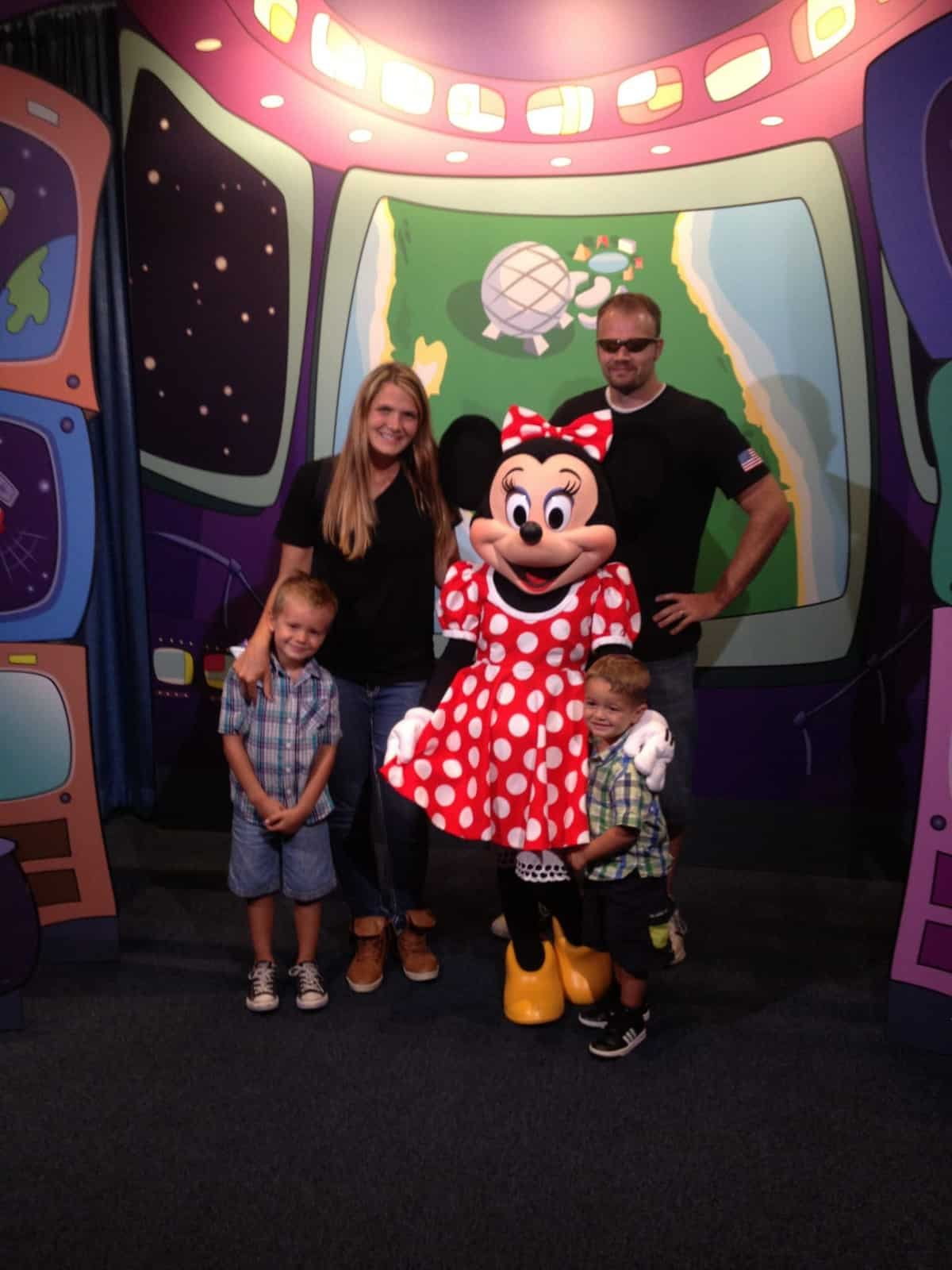 DisneyWorld Gluten-Free (TONS of pictures!!)