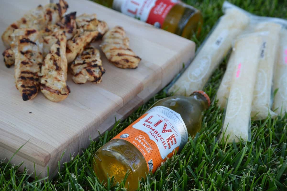 These are a few of my favorite GLUTEN-FREE things: LIVE Soda Kombucha Giveaway PLUS Paleo Marinated Chicken & Popsicle Recipes!