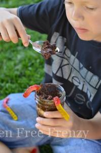 DIY Nature Bracelets & Dirt Cups (Gluten-Free)
