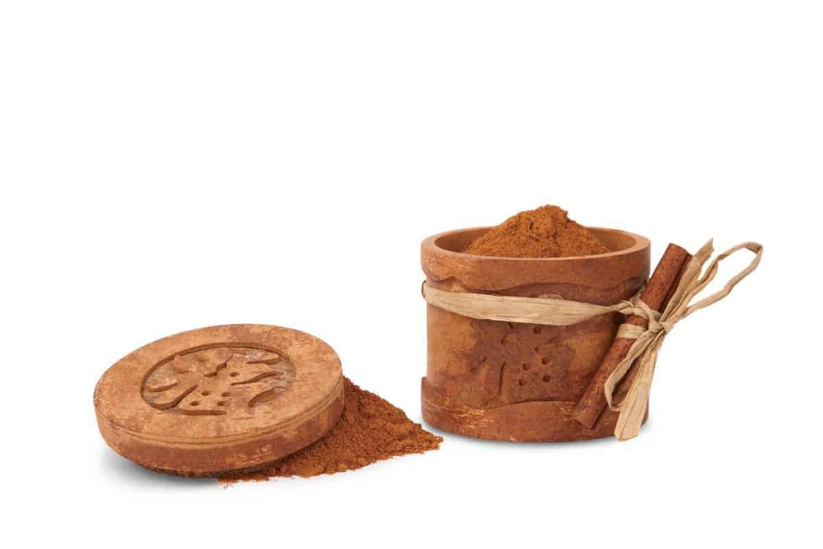 Cinnamon Box from Vietnam-highres