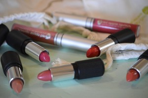 These are a few of my favorite GLUTEN-FREE things: Red Apple Lipstick GIVEAWAY & Summer Sale!