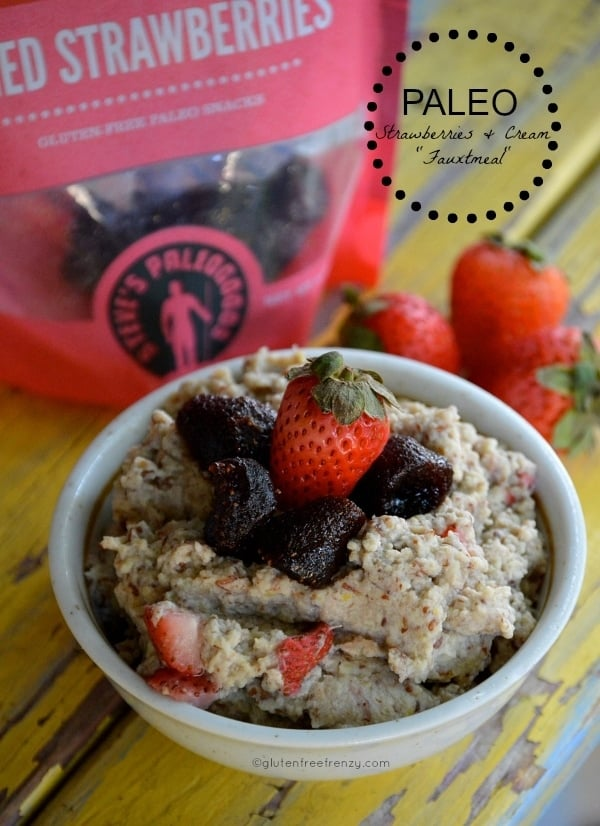 Paleo Strawberries & Cream Fauxtmeal is a great breakfast that is both hearty and delicious! This breakfast cereal has no grains, is paleo and whole30 friendly.