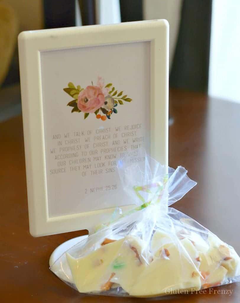 This DIY Easter baking basket couldn't be easier! | Easter gift ideas | neighbor gifts for Easter | diy Easter ideas || This Vivacious Life #easterbasket #eastergift #easterDIY
