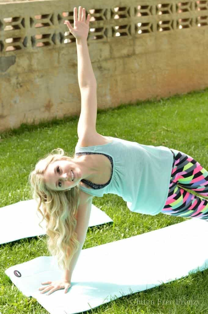 Cute ideas and recipes for an outdoor pilates party plus how-to for doing one yourself! || This Vivacious Life