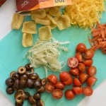 This easy to make pizza in a bag recipe is so delicious and can even be made dairy-free thanks to Enjoy Life Foods plentils. glutenfreefrenzy.com