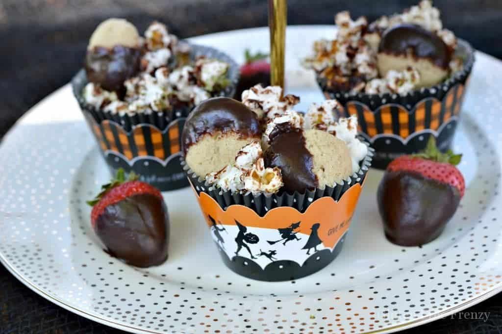 This little witches tea party couldn't be cuter! It is fun, festive and full of Halloween flair and fun! From party favors to themed treats, this party has it all! | halloween party ideas | witches tea party ideas | kid friendly halloween parties | halloween fun | fun ideas for halloween | DIY halloween parties || This Vivacious Life