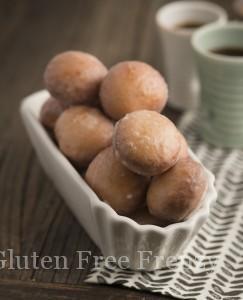 Mini Macaroni Cups & Gluten-Free Small Bites Cookbook Feature