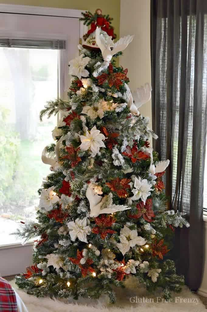 this drab to fab christmas tree is an easy diy on a budget don - Christmas Decorating On A Dime