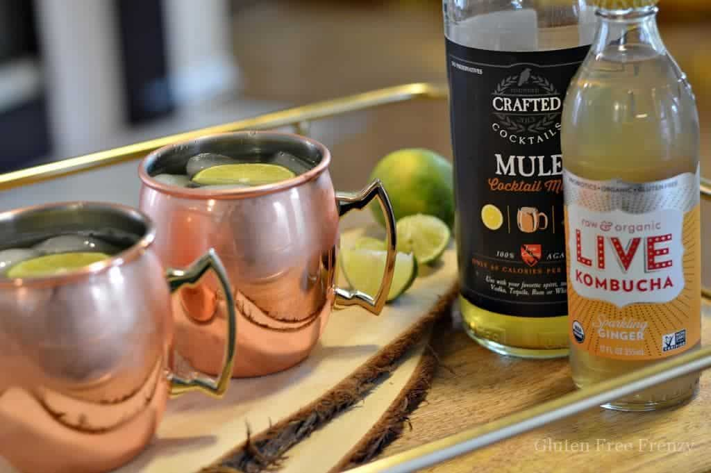 These mockscow mules are family friendly. They are mocktails instead of cocktails so no alcohol but still all the great flavors of a traditional moscow mule. | mocktail recipes | non-alcoholic cocktail recipes | non-alcoholic Moscow mules | family friendly drink recipes | homemade cocktails || This Vivacious Life #mocktails #nonalcoholicdrinks