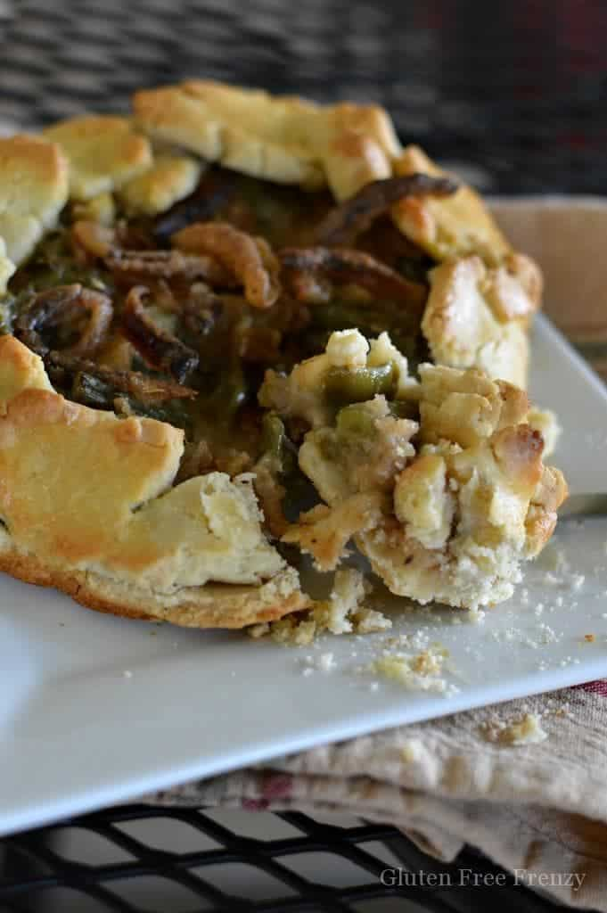 These green bean casserole galettes are divine! Our gluten-free Thanksgiving tablescape will wow all of your guests from both presentation to taste. Nobody would ever know it's all gluten-free! Let us show you how to play the perfect hostess this Thanksgiving. | gluten free thanksgiving recipes | gluten free green bean casserole recipes | gluten free galettes || This Vivacious Life #glutenfreethanksgiving #glutenfreegalette