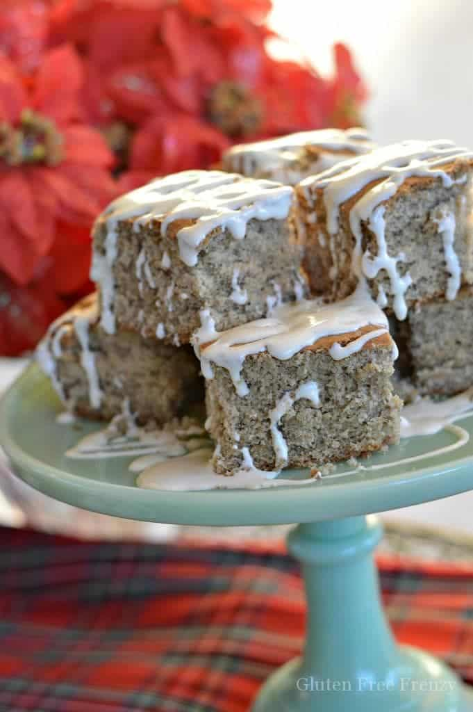 Gluten-Free Eggnog Cake | gluten-free holiday desserts | gluten-free Christmas desserts | gluten-free eggnog inspired recipes | gluten-free cake recipes | gluten-free desserts | eggnog recipe ideas | eggnog flavored cake recipes || This Vivacious Life #glutenfreeholiday #glutenfreecake #glutenfreedesserts