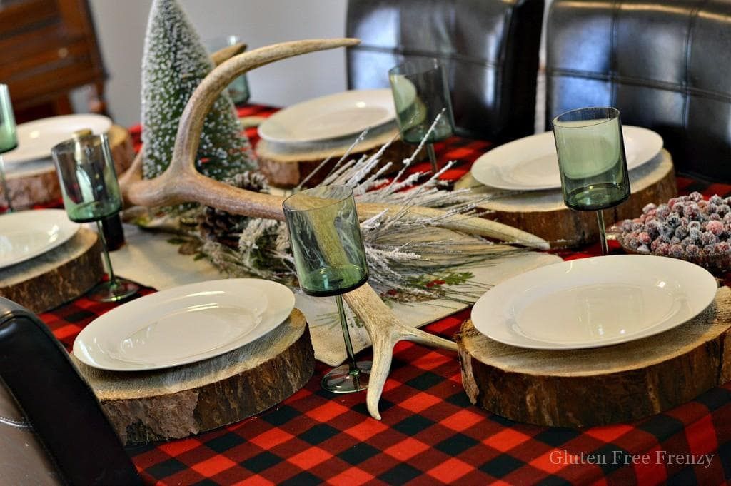 This flannel & flapjacks holiday party is full of rustic holiday fun! From the pancake decorated sugar cookies, gingerbread pancakes with sugared cranberries and flannel pj gift exchange, it has all the makings of a great holiday or Christmas girls party.