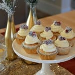 This glam New Years Eve party is sure to dazzle your guests. The sparkling cranberry cupcakes will make their tastebuds dance too.