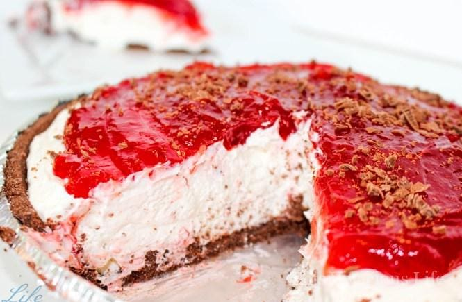 These gluten-free Valentines recipes are sure to WOW at your next v-day or galentines party. These desserts are as delicious as they are pretty.