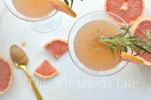 Grapefruit Mocktail with Rosemary and Honey