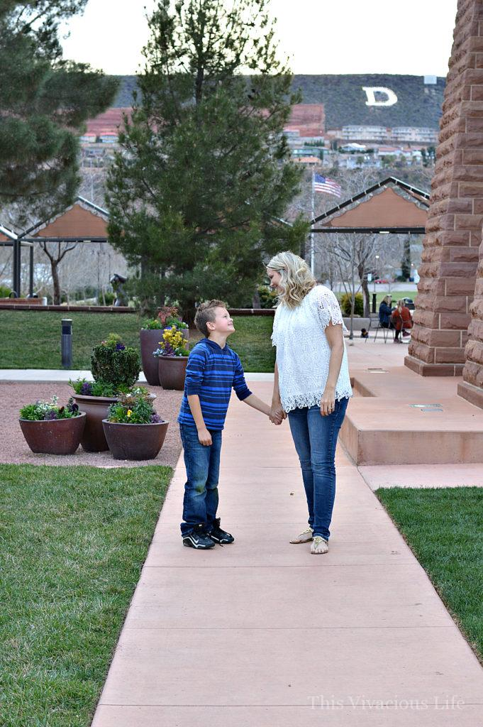 These mom & son date night ideas are fun and many are inexpensive too. | mother and son date ideas | spending time with your son | fun ideas for spending time with your son | mom and me date ideas | date ideas for moms and sons | parenting tips for moms of boys | parenting boys || This Vivacious Life