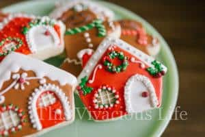 Gingerbread Decorating Party with Gluten-Free Gingerbread Pudding Cake + $300 Le Creuset GIVEAWAY