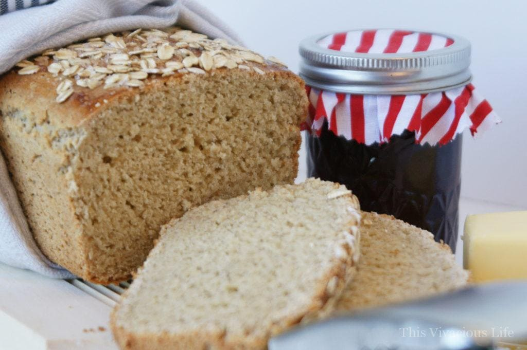 Gluten-free oat bread with jam