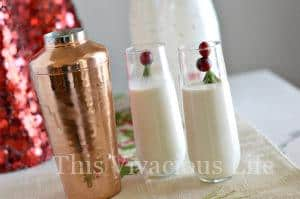 Christmas Cranberry White Russian Mocktail + GIVEAWAY
