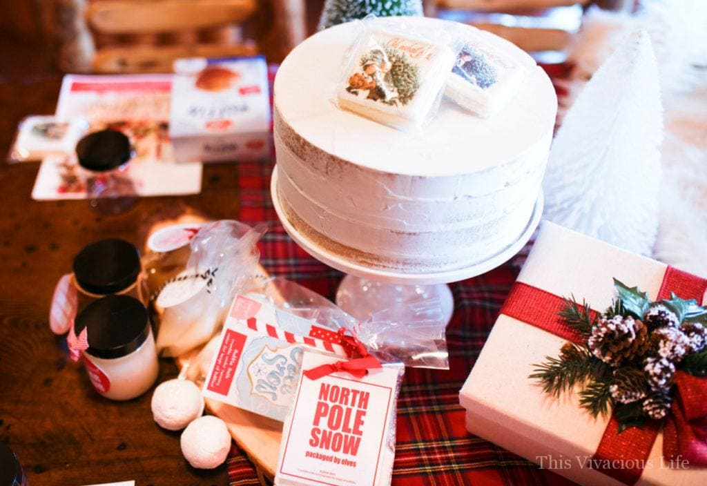 These gluten-free hot cocoa cupcakes and holiday crafting party are so fun and festive! Your girlfriends are sure to love this fun get together. | holiday party ideas | christmas craft party | christmas party ideas | holiday crafting party | adult holiday party ideas || This Vivacious Life #holidayparty #craftingparty #christmascraftparty