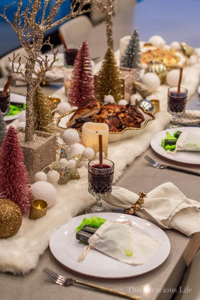 This Jingle and Mingle ladies night holiday party is sure to be a hit! | holiday party ideas | ladies night ideas || This Vivacious Life #ladiesnight #holidayparty #partyideas #thisvivaciouslife