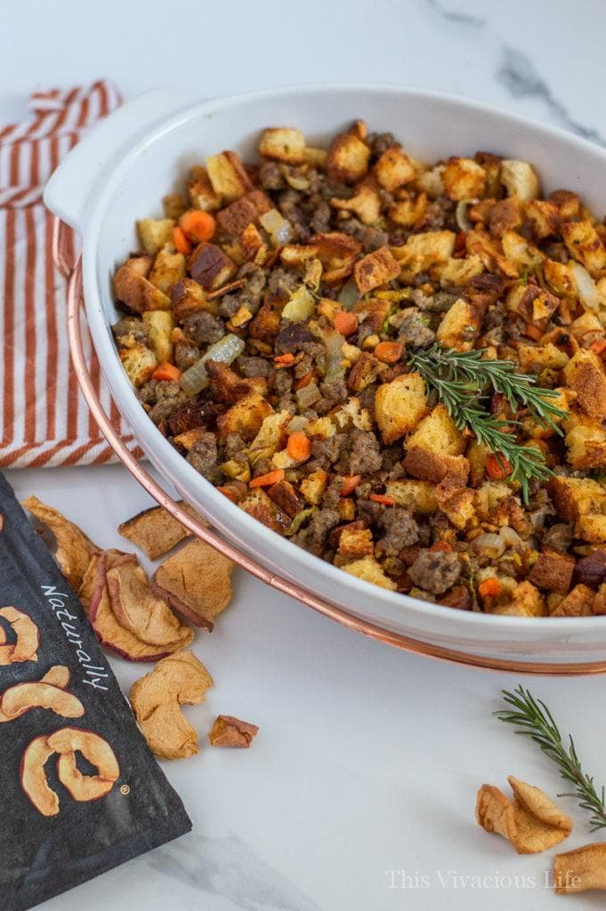 This sausage apple stuffing is so flavorful and delicious. It has all the best things gluten-free stuffing should have! || This Vivacious Life #glutenfree #stuffing #glutenfreerecipe #holidayrecipes #thisvivaciouslife