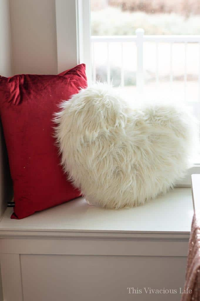Red velvet and white fur Valentines pillows