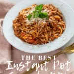 This is the BEST Instant Pot Spaghetti! It can be made gluten-free and only takes 15 minutes! Plus, it's a one pot meal so easy clean up. || This Vivacious Life #glutenfree #glutenfreespaghetti #instantpot #instantpotspaghetti #onepotpasta