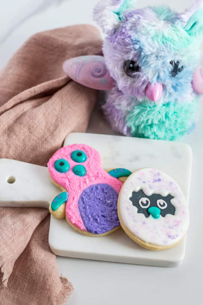 Hatchimals cookies and toy