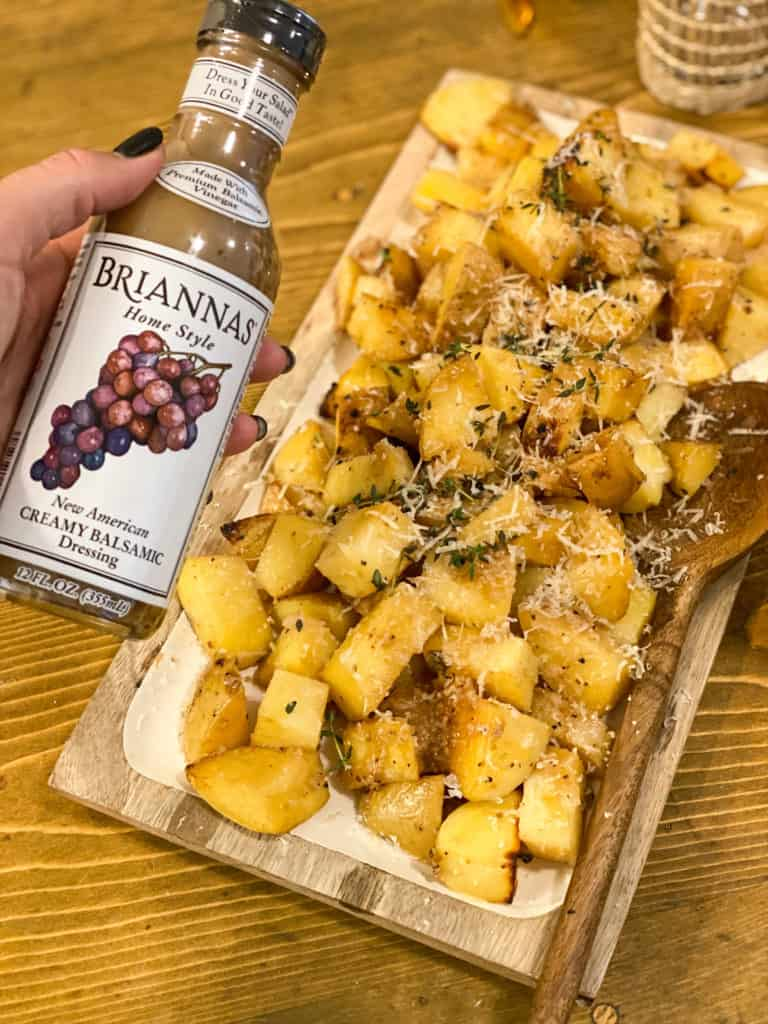 BRIANNAS dressing and roasted potatoes